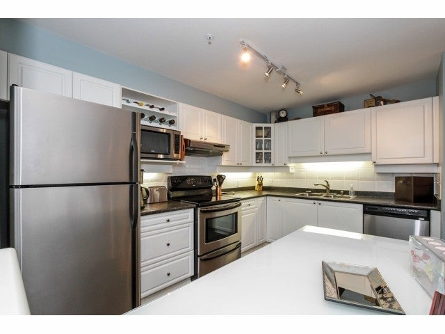# 217 1588 BEST ST - White Rock Apartment/Condo for sale, 2 Bedrooms (F1429572) #3