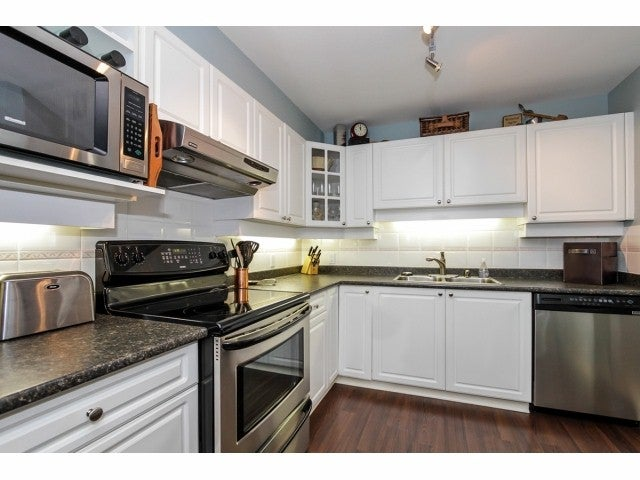 # 217 1588 BEST ST - White Rock Apartment/Condo for sale, 2 Bedrooms (F1429572) #4