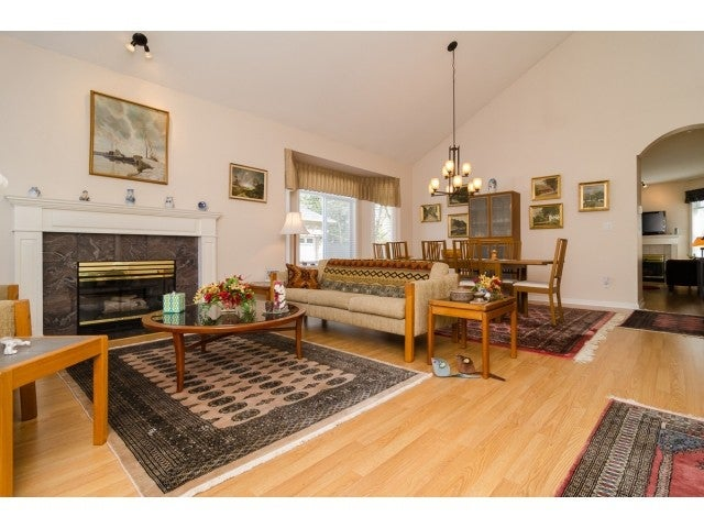 # 21 14909 32ND AV - King George Corridor Townhouse for sale, 3 Bedrooms (F1436670) #3