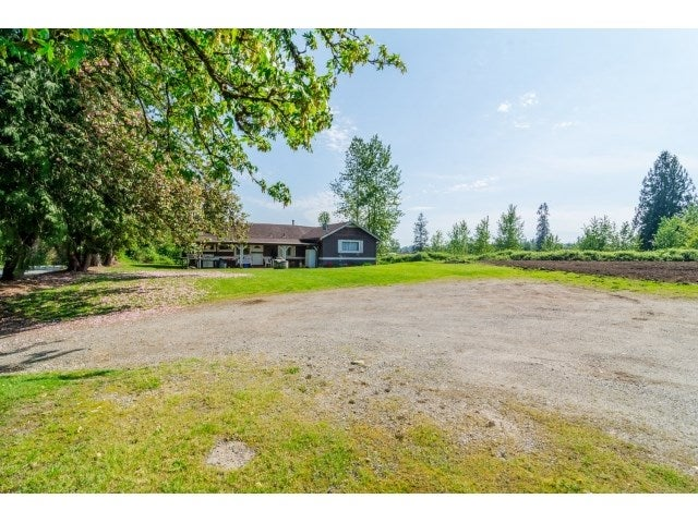 9857 MCKINNON CRESCENT - Fort Langley House with Acreage for sale, 3 Bedrooms (R2060733) #15
