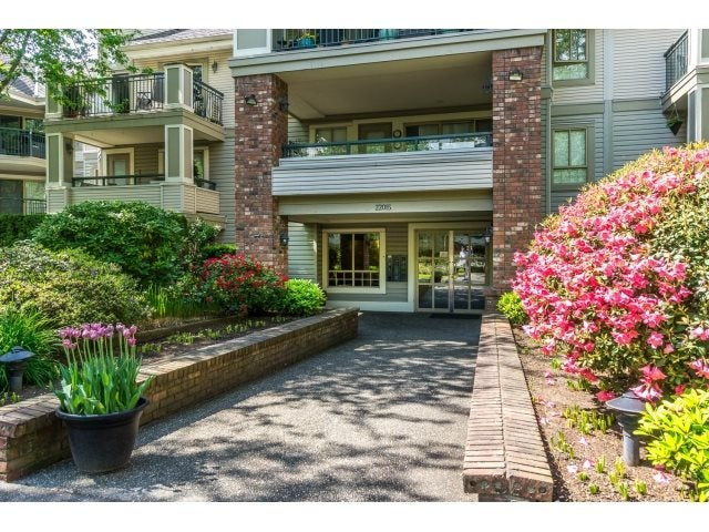 219 22015 48 AVENUE - Murrayville Apartment/Condo for sale, 2 Bedrooms (R2061369) #2