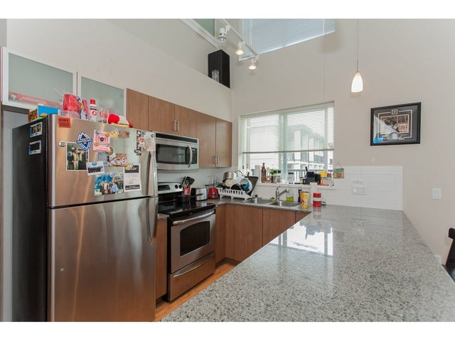 331 9655 KING GEORGE BOULEVARD - Whalley Apartment/Condo for sale, 3 Bedrooms (R2083002) #8