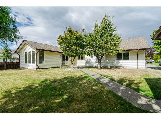 18174 54 AVENUE - Cloverdale BC House/Single Family for sale, 3 Bedrooms (R2215491) #18