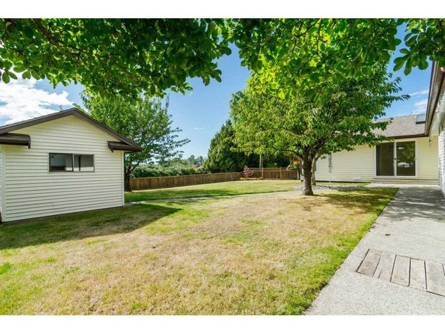 18174 54 AVENUE - Cloverdale BC House/Single Family for sale, 3 Bedrooms (R2215491) #19
